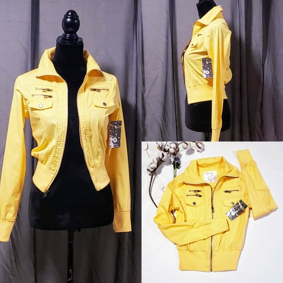 Active USA Jackets & Blazers - Active USA Yellow Light Weight Jacket size S 🆕🦄